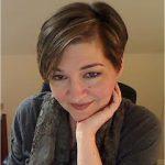 author Lara Adrian
